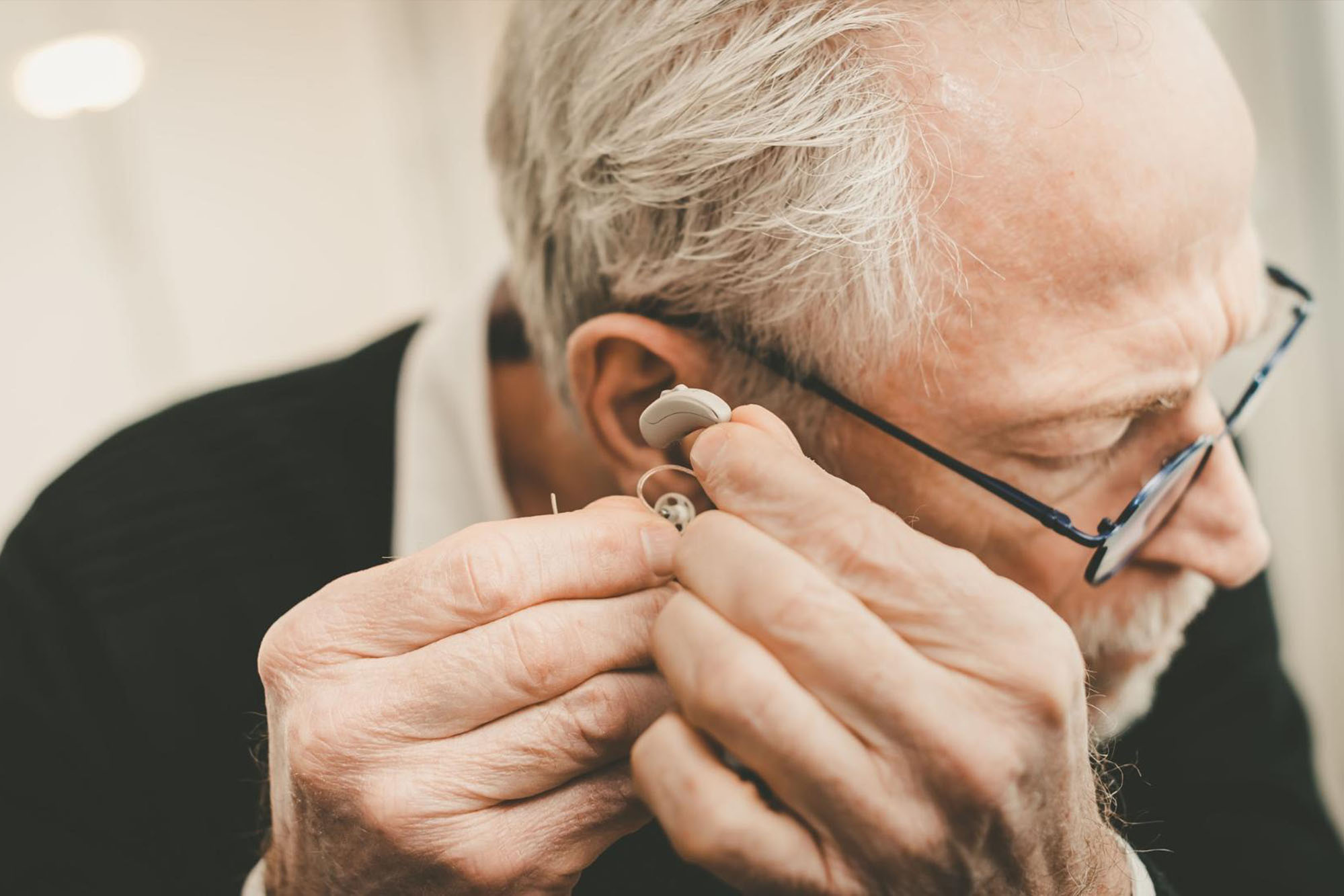 What in-the-ear hearing aids perform best?