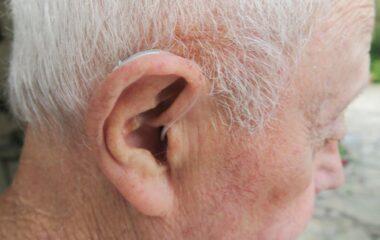 hearing aid tech